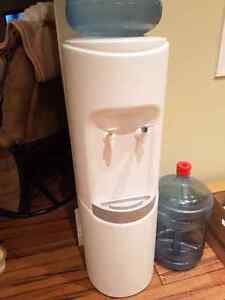 Refrigerated Water Cooler Kingston Kingston Area image 1