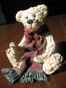 Boyds Bears - Arthur with Red Scarf - Rare Collectible!
