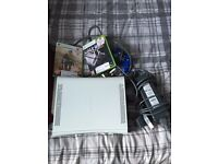 "Lg tv 32"" free view, Xbox 360 with 2 games"