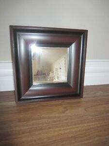 SMALL WOOD FRAME MIRROR - LIKE NEW!