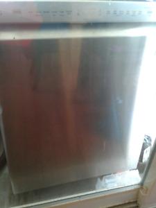 Dishwasher for sale!