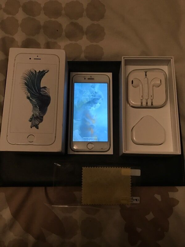iPhone 6s Silver 16gbFactory Unlockedin Mitcham, LondonGumtree - iPhone 6s 16GB Silver/White Unlocked and in immaculate condition. Just under a year old so should still have Apples standard warranty included for a little while longer. Comes with box, adapter, USB cable, headphones and everything else it came with...
