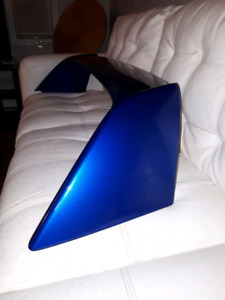 Acura RSX type R spoiler wing for sale. Right side fender