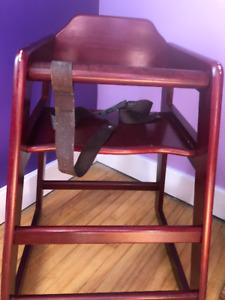 It's really nice Antique High Chair