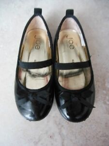 Toddler Girls Size 8 Dress shoes
