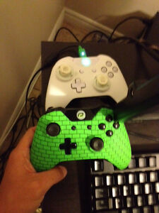 2 Scuf Gaming controllers 300$ Cambridge Kitchener Area image 1