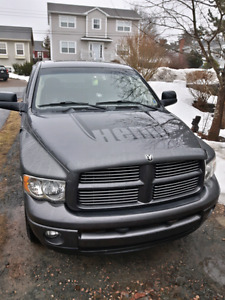 2004 Dodge Ram HEMI low kms