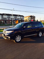 2013 Toyota Highlander 3.5L v6 - Driven with Care - Great Value