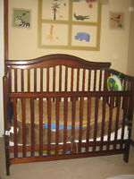 Beaufiful and sold Crib for sale