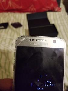 S7 Screen damaged with box