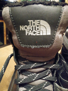 $20$ North Face Woman's Winter Boots (Size 10)