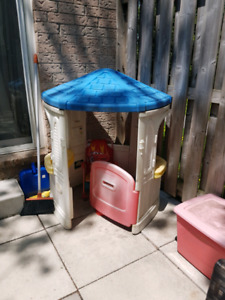 4ft kids play house