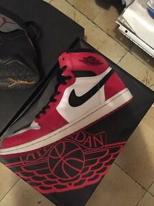 AIR JORDAN 1,7 & PATRICK EWING TO SELL