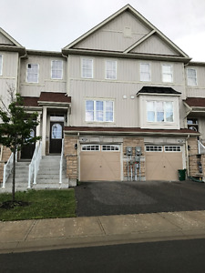 BRIGHT AND SPACIOUS BOWMANVILLE TOWNHOUSE FOR LEASE