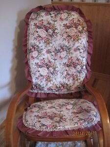 2pc pad for rocking chair  & matching pieces