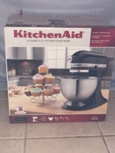K45SS Kitchenaid Mixer in Onyx Black *never opened*