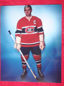 MAURICE RICHARD Montreal Canadiens Unsigned 8 x 10 Photo