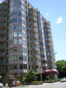 one bedroom condo in downtown Montreal