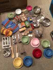 Deluxe High End Pottery Barn Kids Kitchen & PB Accessories London Ontario image 5