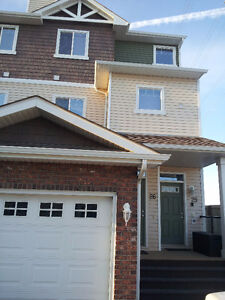 Southeast Townhouse - Silverberry, Meadows, Tamarack