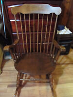 Vintage Arm Rocking Chair Solid Maple?