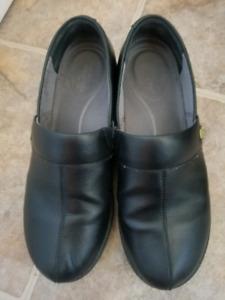 Womens Dansko shoes