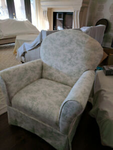 Dutalier rocker and glider in toile fabric