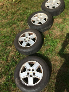 Champion 205/65R15 94H summer tires: lightly used for 1 summer