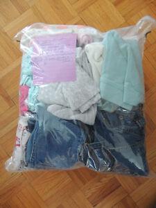 Mexx, Oshkosh, Carters 32 pcs Girls/Vêtements Filles