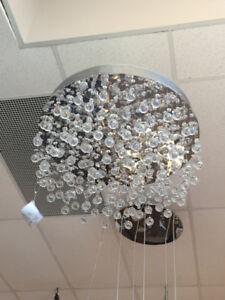 Lustre contemporain en cristal
