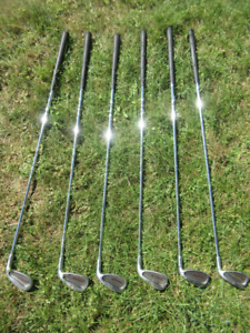26 Assorted golf clubs in two bags (URGENT SALE)