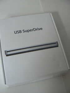Apple USB Superdrive DVD/CD Burner/Player  MD564ZM/A Model A1379