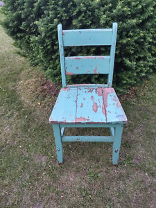 Nice Old Wood Chair Chippy Paint