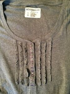 Two Aeropostale Ladies Tops Cambridge Kitchener Area image 3