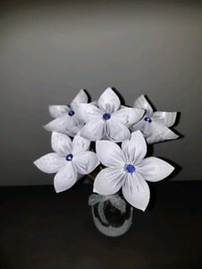 Paper flowers - make your own