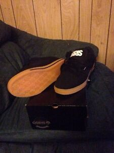 Brand new Osiris skate shoes