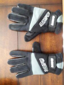 Men's medium Olson Curling Gloves - in great condition