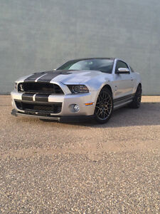 2014 Ford Mustang Shelby gt500 glass roof rare mint