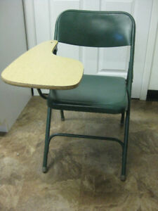 FOLDING CHAIR/DESK