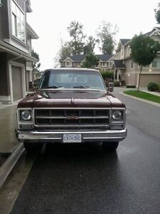 Classic 1979 Suburban factory 454 Big Block,From Britsh Columbia