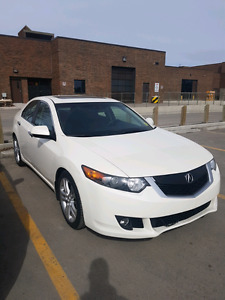 2010 Acura TSX V6 Tech Package- NO ACCIDENTS- LOW KM- NAVI- 1 OW