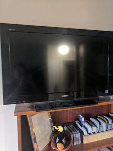 32 inch Sony Bravia flat screen