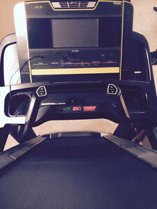 Livestrong treadmill like new condition London Ontario image 2