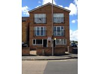 Mablethorpe holiday flat, sleeps 4, available Saturday 27th August £380 per week