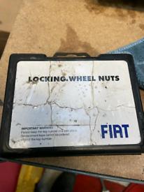 Fiat 500 locking wheel nut set 2008-2020