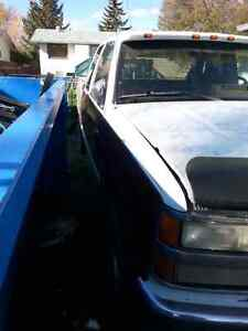 95 Chevy 4x4 needs fuel pump strong drive train and great motor