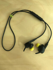 Jabra Sport Pulse with Built-in Heart Rate Monitor