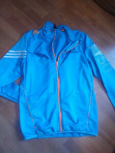 Boys adidas extra large zip up sweater in new used condition