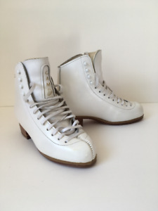 GAM Youth/Women's Skates Free Style Boots