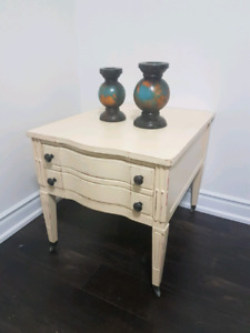 Side table + 1 drawer best offer!